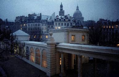 Galerie de Navarre, le soir