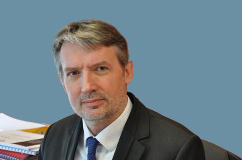 Décès de Pierre Sineux, président de l'université Caen Basse-Normandie