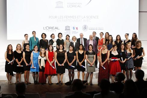 Remise des Bourses Pour les Femmes et la Science