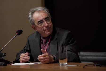 Roger Fougères, professeur honoraire des universités