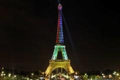 La Tour Eiffel aux couleurs du drapeau de l'Afrique du Sud