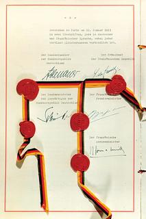 Traité de l'Elysée signé en 1963