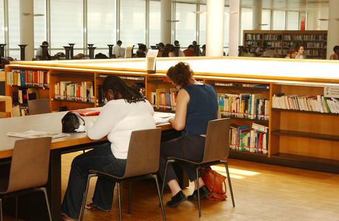 Maintien de la dotation de financement du Collège international de philosophie