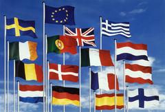 Drapeaux nationaux et européen
