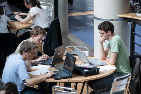 Appel à projets Développement d'universités numériques expérimentales (DUNE) : 5 projets retenus