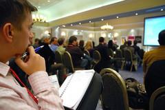 Jeune entrepreneur en séminaire