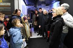 Geneviève Fioraso : visite de la goélette d'exploration TARA accostée à Paris