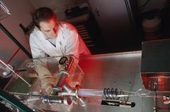 Système de croissance de peroviskites par phase vapeur. Chargement du réacteur.