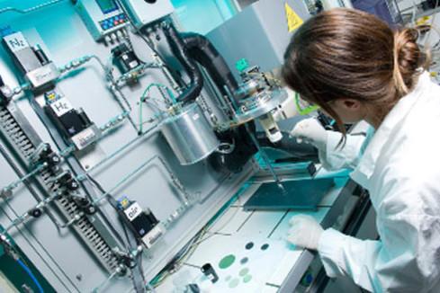 Première implantation mondiale de cellules cardiaques dérivées  de cellules souches embryonnaires humaines
