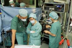 Anesthésie-chirurgie-suivi-en-cours-d'opération