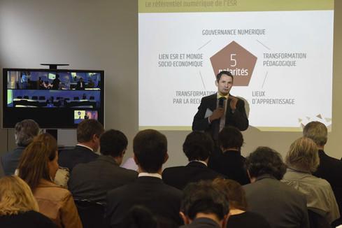 Thierry Mandon salue la qualité des travaux du Conseil national du numérique